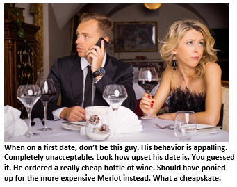 first-date-couple-in-restaurant